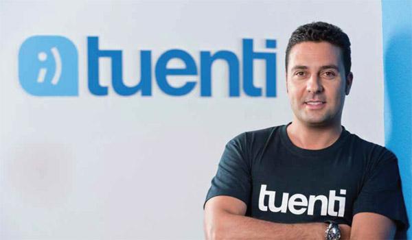 Óscar Casado (Tuenti): «En Twitter hay verdaderos debates jurídicos»